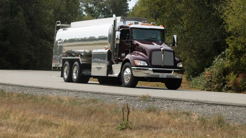 Though a midrange model in Kenworth's lineup, this T370 has many heavy-duty components but costs...