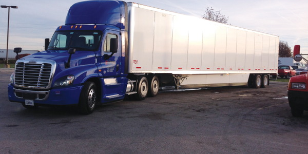 This Freightliner Cascadia Evolution is equipped with a Detroit DD13 diesel and smooth DT12...