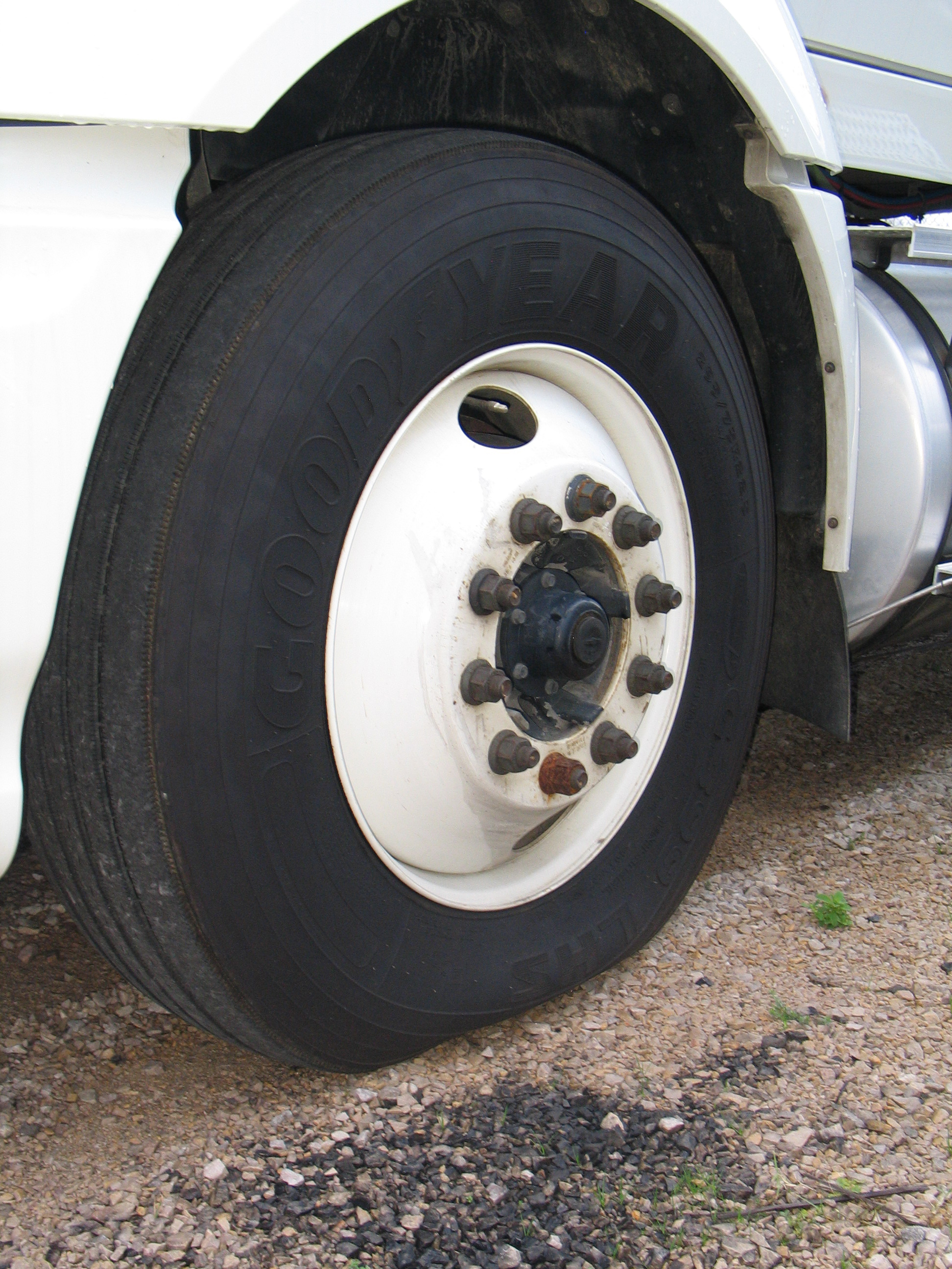 What Exactly Constitutes an Underinflated Truck Tire?