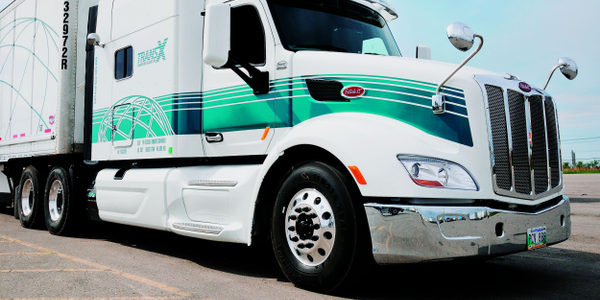 The brand-new Peterbilt Model 579 loaned to us by TransX Ltd. had less than 40 miles on the...