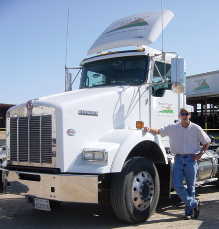 Border Valley Trading, a Brawley, Calif.-based alfalfa, sudan and klein grass hay producer and exporter, last year replaced its fleet of trucks with 15 liquefied natural gas-powered Kenworth T800s.