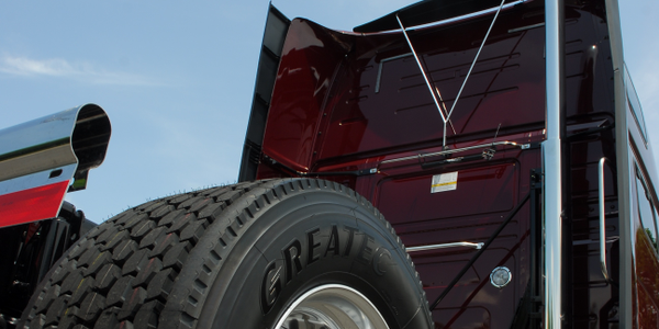 Wide-base single tires are popular for weight and fuel saving, but not everybody likes them....
