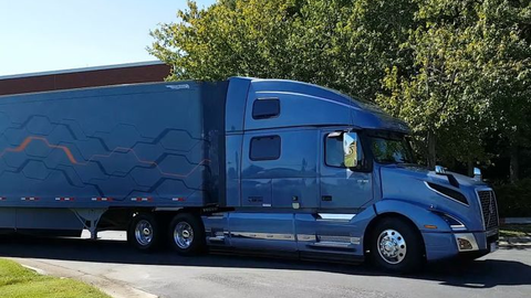 Volvo's flagship VNL 860 sports a 77-inch high-roof sleeper and a 455-hp, 1850/1550 lb-ft D13...