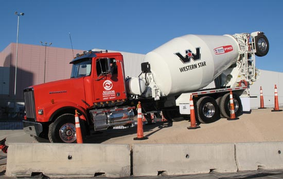 Test Drive: Western Star 4900FA with Allison 2nd Reverse