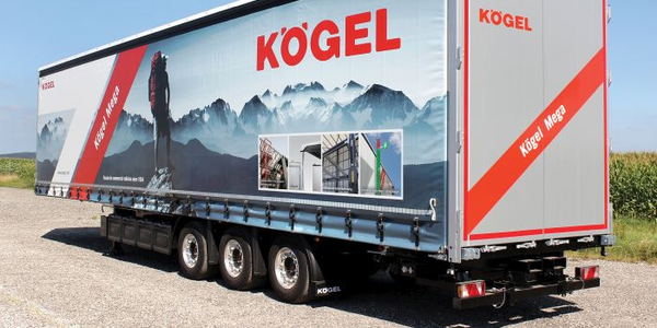 High-cube Kögel Mega van has the usual rear doors plus curtain sides and a liftable roof tarp,...
