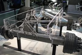 Meritor Reports on 14X Axles, Stronger Brakes; Develops Single-DriveTandem for 6x2 Tractors