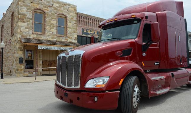 2017 Peterbilt 579 >> Test Drive Peterbilt Model 579 Equipment Trucking Info