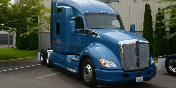 The test truck was a 2017 Kenworth T680 with a 76-inch high-roof sleeper. Photos: Jim Park