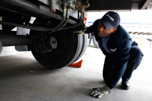 A strong safety culture, driver training and accountability all help make sure  pre-trip inspections are done properly. (Photo courtesy of Con-Way)