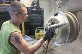 Refinishing Wheels the Right Way