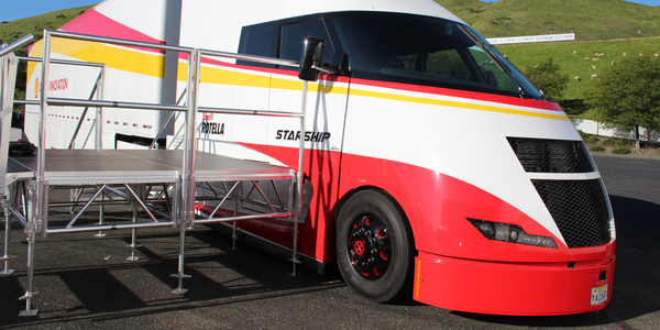 The Starship is a highly aerodynamic demonstration truck developed by Shell and Airflow  to test...