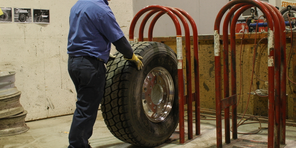 5 Must-Have Tools for Your Tire Shop