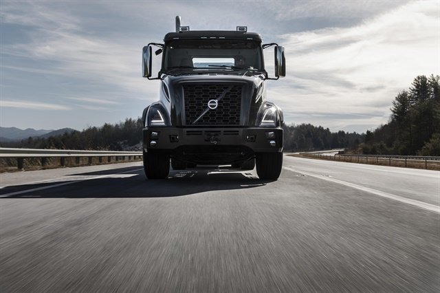 The VNX is being in three different models: a day cab, a flat-roof, and a mid-roof/sleeper configuration. Photo: Volvo Trucks