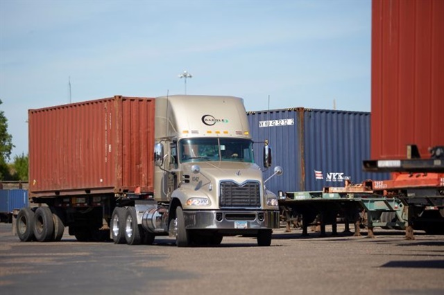 At regional intermodal carrier BarOle Trucking, a bring-your-own-device ELD system backed by a longtime industry brand made sense for its fleet of 74 trucks.