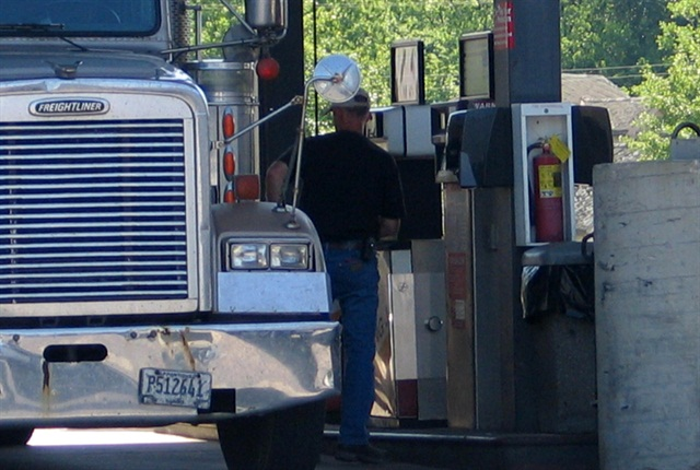 Fuel card vendors now provide more data than ever about fueling transactions. (Photo by Deborah Lockridge)