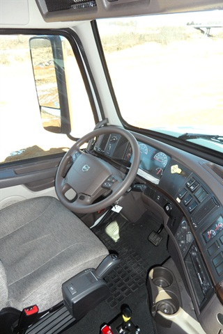 Trucks Equipped With Automated Manual Transmissions Like This Volvo Vhd Have A Lever Or
