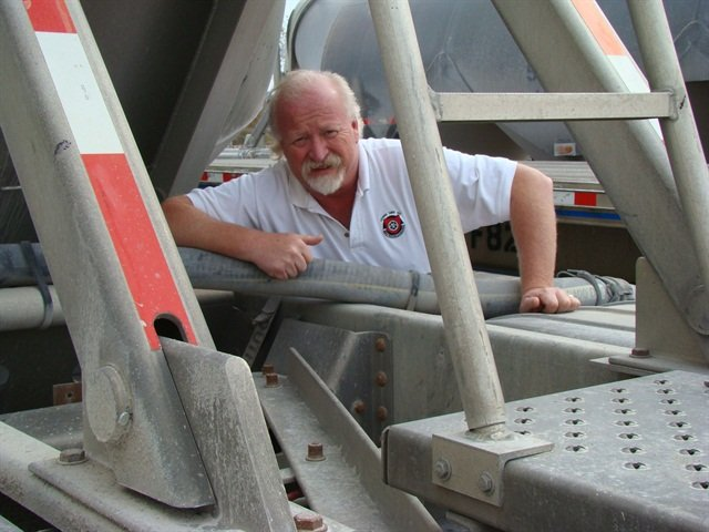 Kevin Tomlinson, South Shore's maintenance director, wishes an air bag replacement time could be predicted.