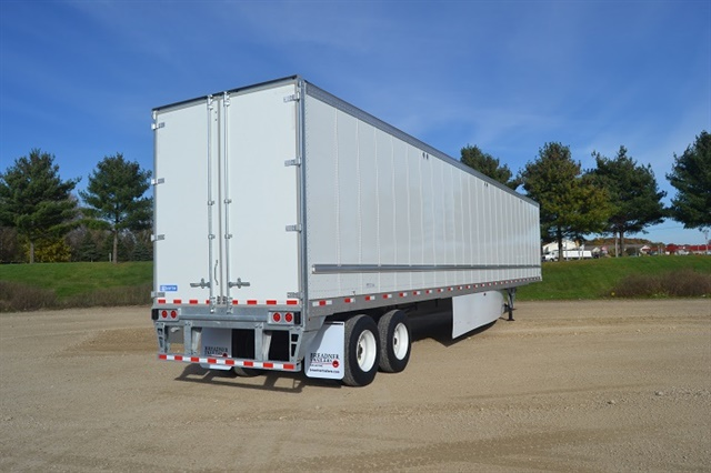 Most fleets today cube out long before they scale out their loads. But other trends continue to push trailer manufacturers to get their products as light as possible. Photo: Stoughton