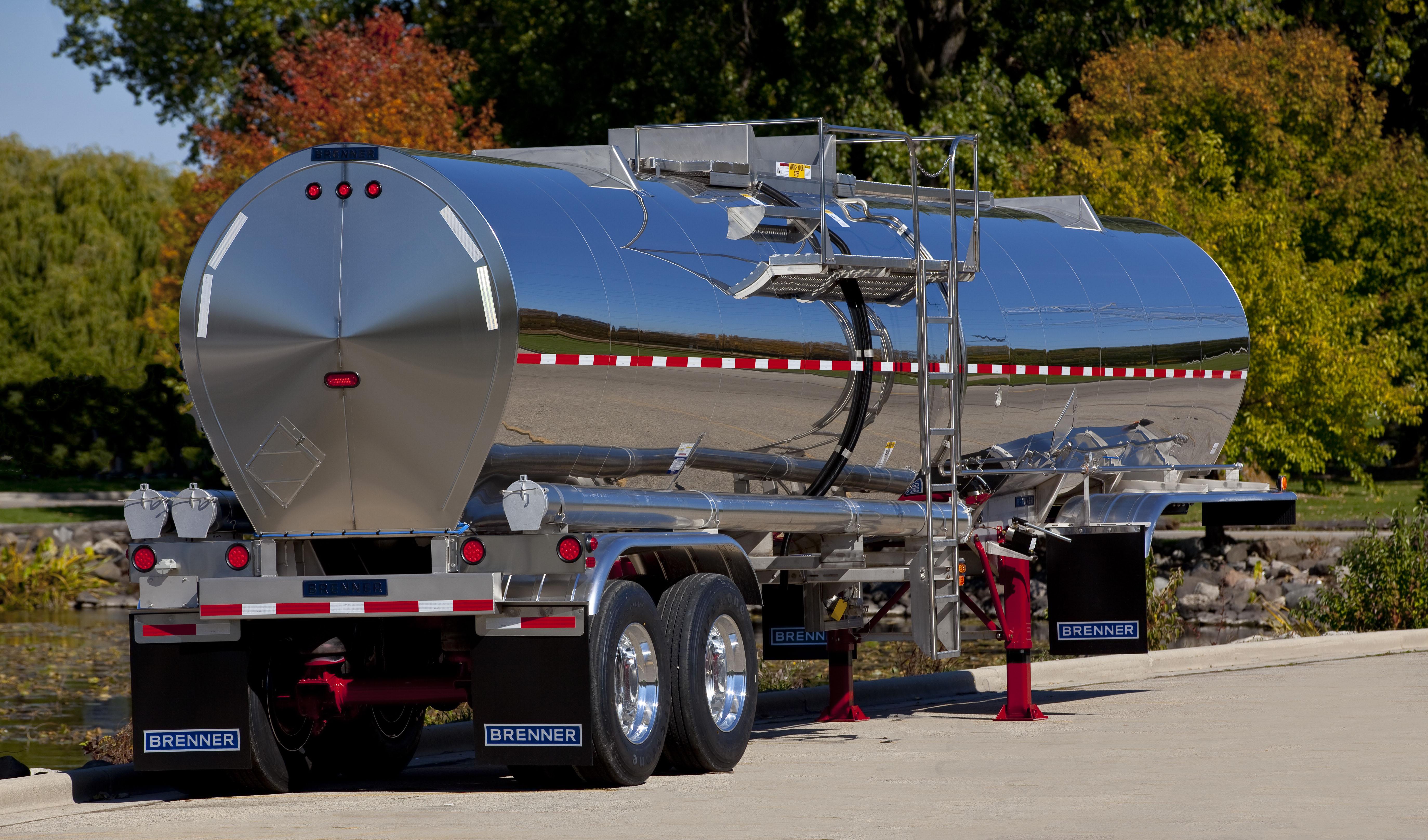 4 Trends in Liquid Tank Trailers - Fleet Management