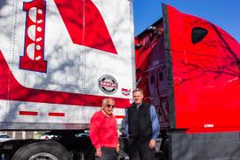 Wabash Builds Its 500,000th DuraPlate Van
