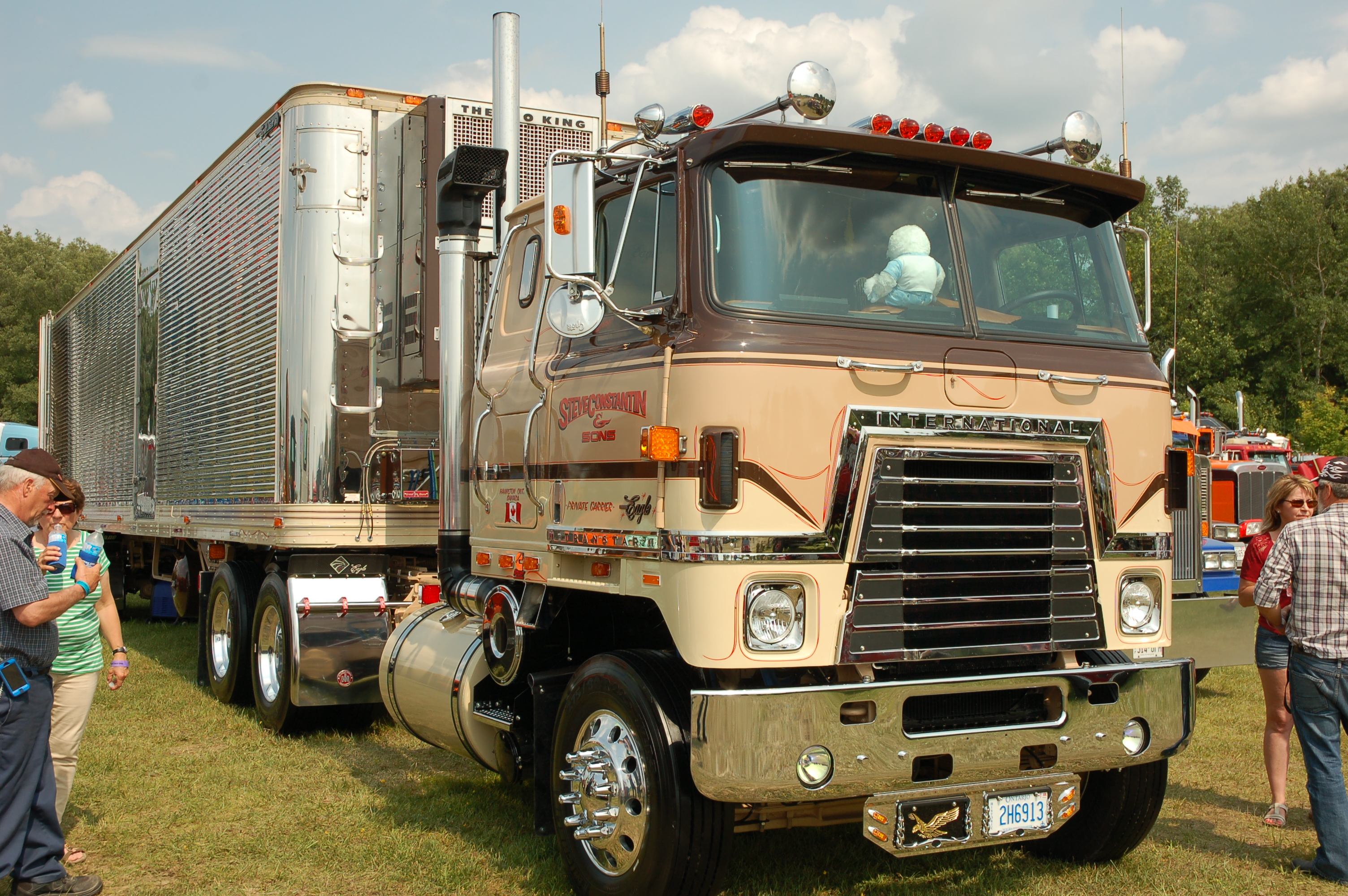 Were Those Old Trucks Really As Good We Remember On The Road Volvo Semi Truck Dash Wiring Trucking Info