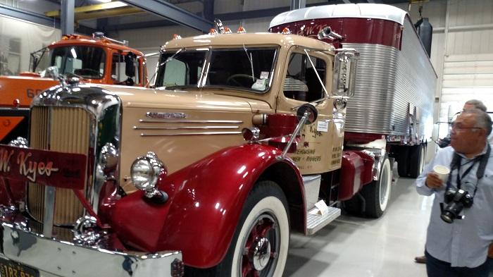 Mack museum displays fancy fruehauf van trailer talk trucking info - Mack truck pictures ...