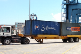 'Bomb Carts' Haul Containers at Busy Port of Charleston