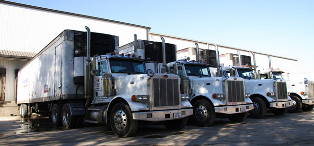 Will a bill to address detention issues mean drivers get paid for waiting? (Photo courtesy PacLease)