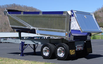 R/S Godwin's HybriDump uses an aluminum tailgate and sides with a Hardox steel floor. Should it be the ComposiDump?