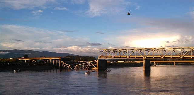 The i5 Bridge over the Skagit River collapsed after a truck hit the trusses. It's far from the first time that has happened. - Creative Commons license
