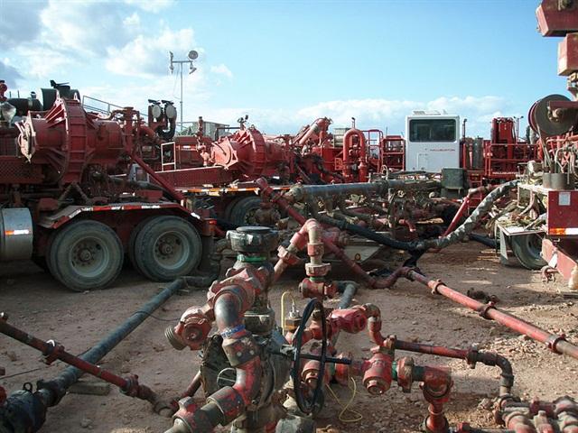 Fracturing operation in the Bakken Formation. Photo:Joshua Doubek