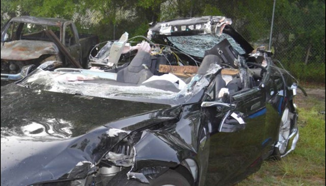 Tesla's autonomous vehicle control system warned Joshua Brown 7 times to take over control of the car before his fatal crash last year. Photo: NTSB/Florida Highway Patrol