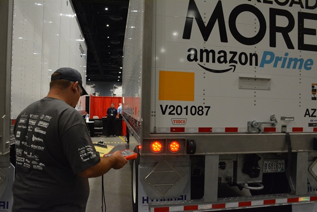Check the lights? Sure. The electrical system was among 12 items tested in the Trailer Track competition at TMC's SuperTech event in Raleigh, N.C., Sept. 18-21. Photos: Marsh Galloway