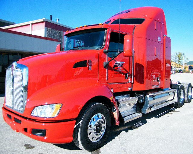 Paper Transport Adds 20 Natural Gas-Powered Kenworth T660s To Regional Fleet