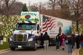 TCA Enlisting Trucking Volunteers for Wreaths Across America Project