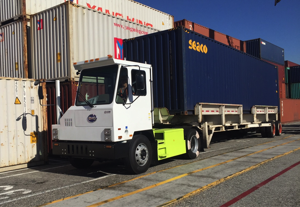 Electric Trucks Start Arriving at Southern California Freight, Rail Yards