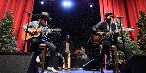 Verizon Honors Truckers with Holiday Dinner and Concert