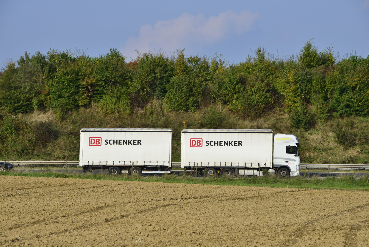 UShip Signs Exclusive Contract with DB Schenker to Automate Road Freight