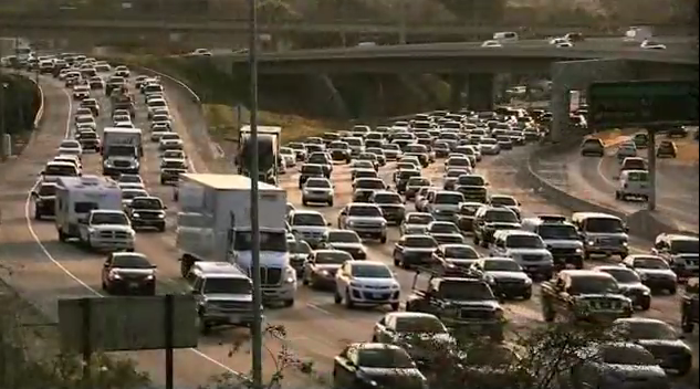 Congested Roads Run Up Trucking Costs Almost $50 Billion