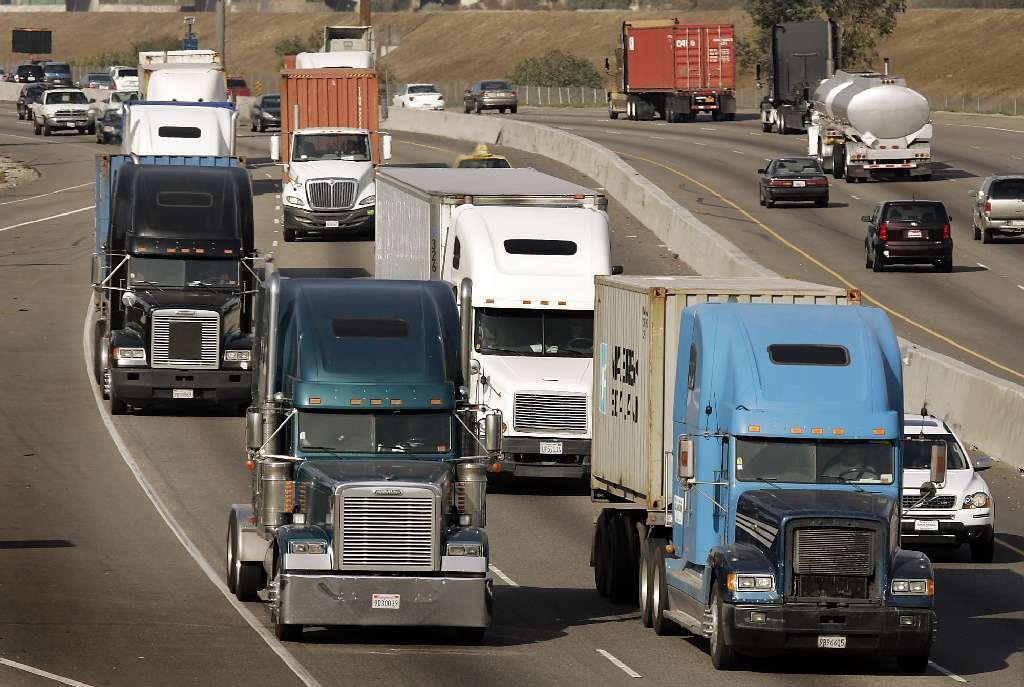 Trucking, Highway Groups Pan Trump Infrastructure Plan