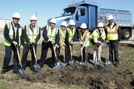 Peterbilt Begins Denton Plant Expansion