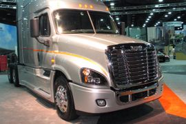 Paccar, Volvo and Daimler Report Strong Earnings