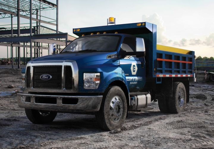 Ford Extends F-650/F-750 V-8 Diesel's Range