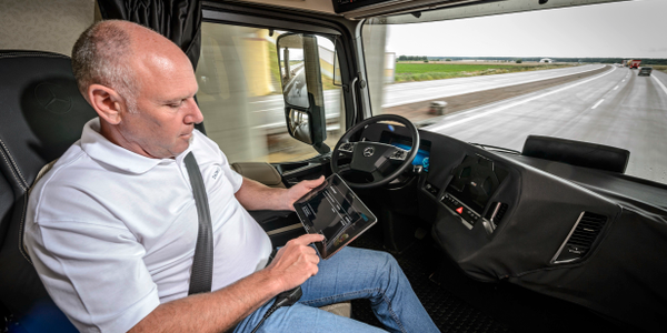 FMCSA wants to hear about regulations and autonomous trucks. Photo: Daimler Trucks