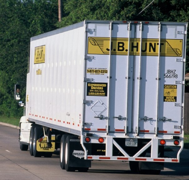 J.B. Hunt Orders 4,000 Trailers with Safer Rear Impact Guard