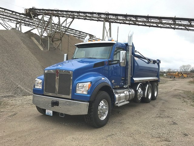 Kenworth Continues Government Sales Program