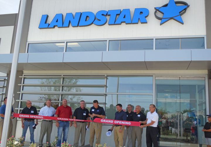 Landstar Opens Facility in Texas