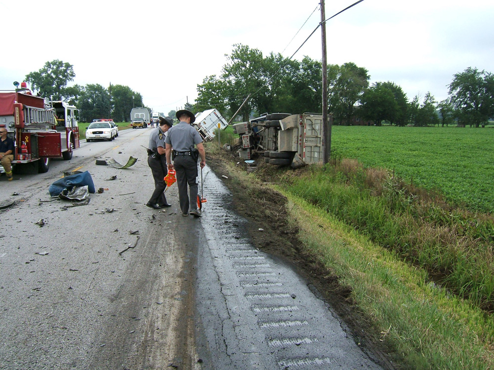 Report Summarizes Car-Truck Contribution/Fault in Serious Crashes