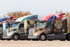 Pam Transport Sends Custom Trucks to Deliver Wreaths