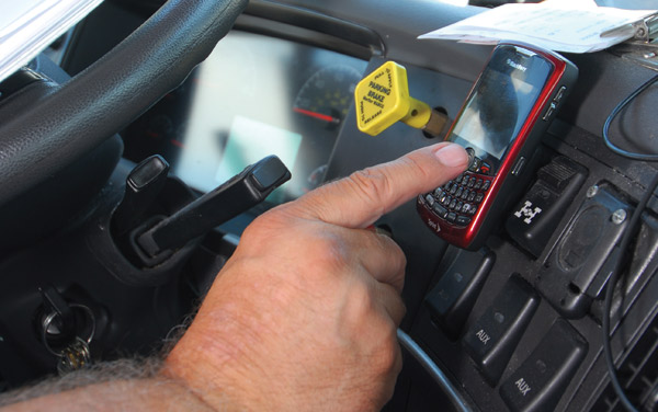 The language of the sample bill calls for a ban on texting while operating a motor vehicle on the travel portion of public streets, roads and highways. (Photo by Jim Park)